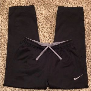 NIKE Therma Fit Athletic Sweatpants Large